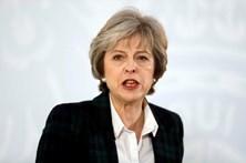 Deputados britânicos pedem que Trump não discurse no parlamento