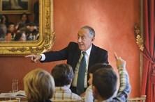 Marcelo Rebelo de Sousa, anfitrião de encontros literários com alunos