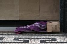 Associação de Coimbra recolhe bens para ajudar sem-abrigo a vencer o frio