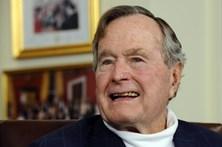 George Bush sai dos cuidados intensivos