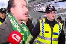 Adeptos deixam críticas ao Sporting no aeroporto