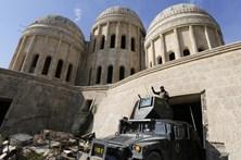 Forças iraquianas tomam metade Leste de Mossul ao Daesh