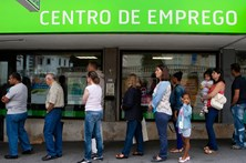 Desempregados no quadro valem apoio de 3.800 euros às empresas