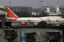 Tripulantes de cabine da Air India em cargos administrativos por estarem gordos