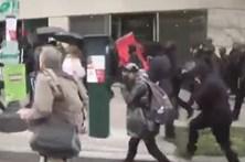 Confrontos com a polícia em manifestações anti-Trump
