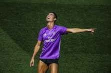 Ronaldo imita Scolari e deixa colegas a rir