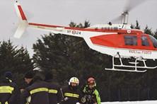 Diálogo entre bombeiros ao descobrir sobreviventes em Itália