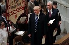 Trump inicia 1.º dia como presidente assistindo a missa
