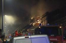 Incêndio habitacional faz quatro feridos