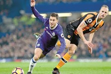 Líder Chelsea bate Marco Silva