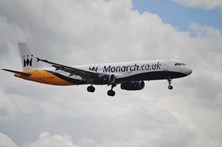 Avião faz aterragem de emergência no Porto Santo