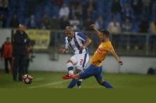 FC Porto vence Estoril-Praia em encontro decidido nos últimos minutos