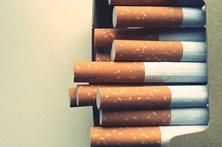 Proibido fumar em campos de férias e parques infantis