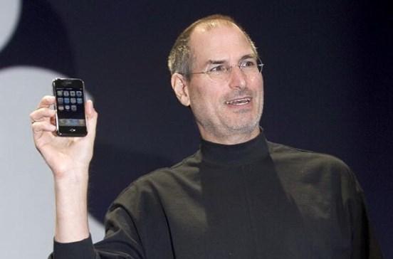 10 anos depois, o que os críticos disseram do primeiro iPhone