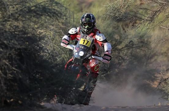 Paulo Gonçalves vence penúltima etapa do Dakar