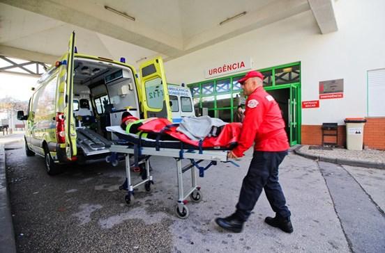 Casos menos graves entopem serviços hospitalares