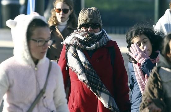 Frio coloca quatro distritos do continente sob 'Aviso Laranja'