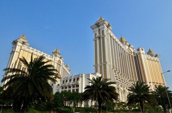 Encontrados dois mortos em casino