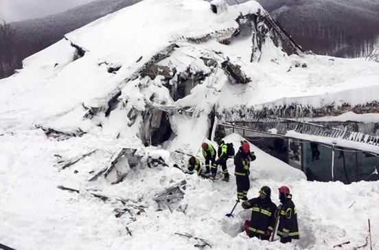 Criança entre os seis sobreviventes de avalanche
