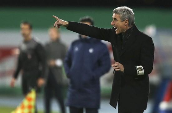 """Treinador do Rio Ave admite que jogo com FC Porto será """"missão complicada"""""""