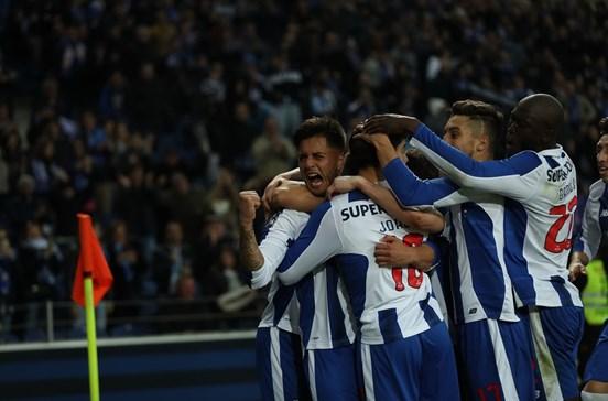 FC Porto vence Rio Ave por 4-2