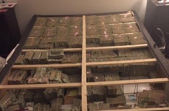 Colchão escondia 20 milhões de esquema em pirâmide