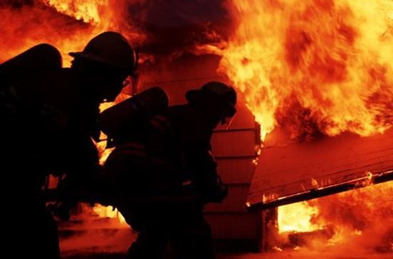 Militares vão ajudar bombeiros a combater fogos