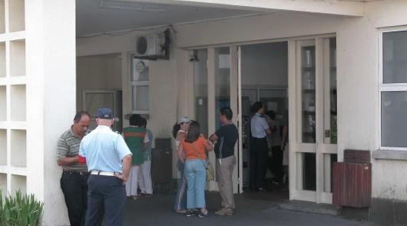 Cirurgias não urgentes canceladas no hospital da Terceira