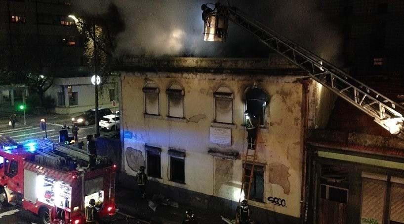 Incêndio em habitação no Porto