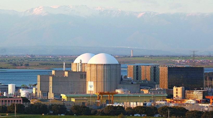 Urânio armazenado a 100 km de Portugal