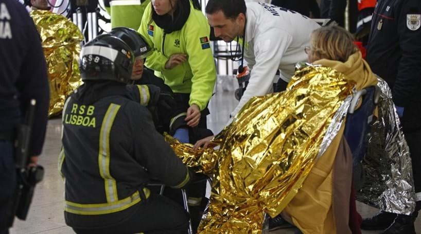 Velocidade contra cais errado faz 37 vítimas