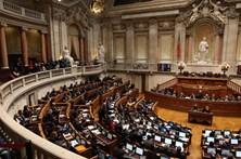 Parlamento vai debater votos sobre a administração Trump