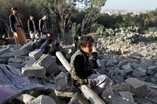 """Civis """"provavelmente"""" mortos em ataque dos EUA no Iémen"""