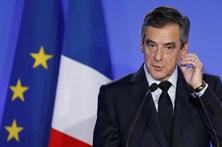 Fillon recupera segundo lugar nas sondagens das presidenciais francesas