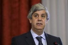 PSD e CDS pedem comunicações entre Centeno e Domingues mas não SMS
