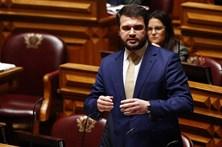 """PS acusa CDS e PSD de """"falta de agenda política"""""""