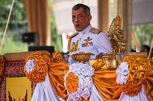 Estudante acusado de difamação do rei da Tailândia