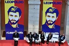 "Venezuela rejeita ""intromissão"" de Trump"