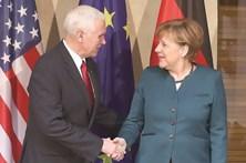 Pence pressiona parceiros da NATO