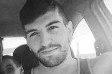 Jovem futebolista morre em colisão de mota com carro