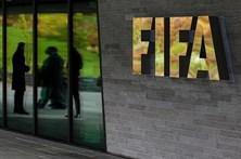 FIFA retira da sede placa comemorativa com o nome de Blatter