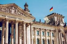 Alemanha aprova lei para acelerar expulsão de imigrantes ilegais