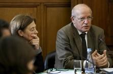 """CDS questiona Governo sobre """"populismo"""" de PCP e Bloco"""