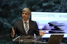 """Centeno promete """"medidas"""" sobre benefícios fiscais a estrangeiros"""