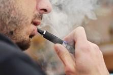 Cigarro eletrónico explode em julgamento