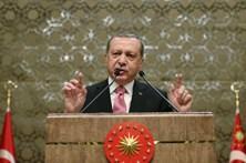 Turcos pedem asilo a Berlim