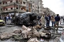 Balanço de mortos em ataques suicidas na Síria sobe para 77