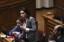 Mariana Mortágua diz que PSD quer desresponsabilizar-se de 'offshores'