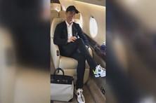 Ronaldo exibe mala e ténis de 20 mil euros