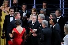 """""""Moonlight"""" vence 'Melhor filme do ano' depois de erro insólito"""